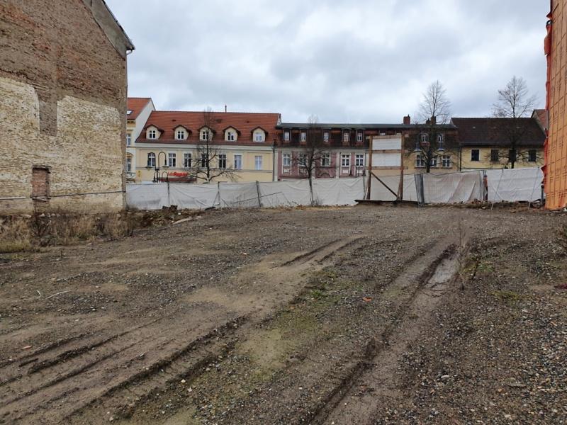 Baubeginn März 2021 Gründung des Neubaus